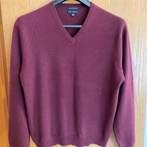 CLUB ROOM MENS CASHMERE BURGUNDY SWEATER, LG, MINT
